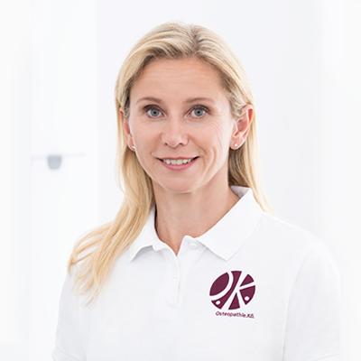 Frau Anett Hörster, Inhaberin Privatpraxis Osteopathie.Kö.
